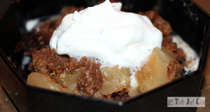 Crockpot Apple Crumble Cake